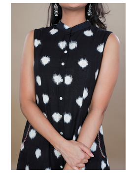 A LINE BLACK DOUBLE IKAT DRESS WITH EMBROIDERED POCKETS : LD310C-XS-3-sm