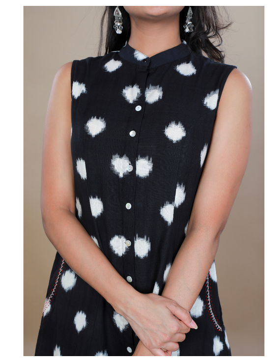 A LINE BLACK DOUBLE IKAT DRESS WITH EMBROIDERED POCKETS : LD310C-XS-3
