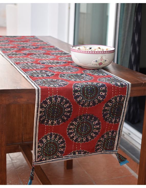 Red And Blue Embroidered Reversible Table Runner : HTR03-HTR03gM