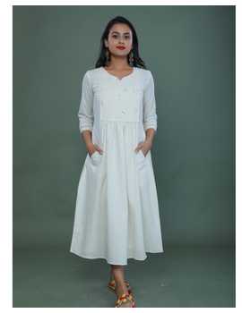 MIRROR WORK DRESS IN OFFWHITE MUSLIN WITH BACK BUTTONS: LD630C-LD630Ch-M-sm