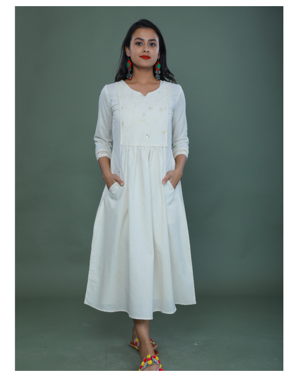 MIRROR WORK DRESS IN OFFWHITE MUSLIN WITH BACK BUTTONS: LD630C-LD630Ch-M