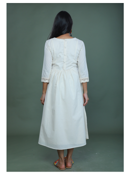 MIRROR WORK DRESS IN OFFWHITE MUSLIN WITH BACK BUTTONS: LD630C-M-2-sm