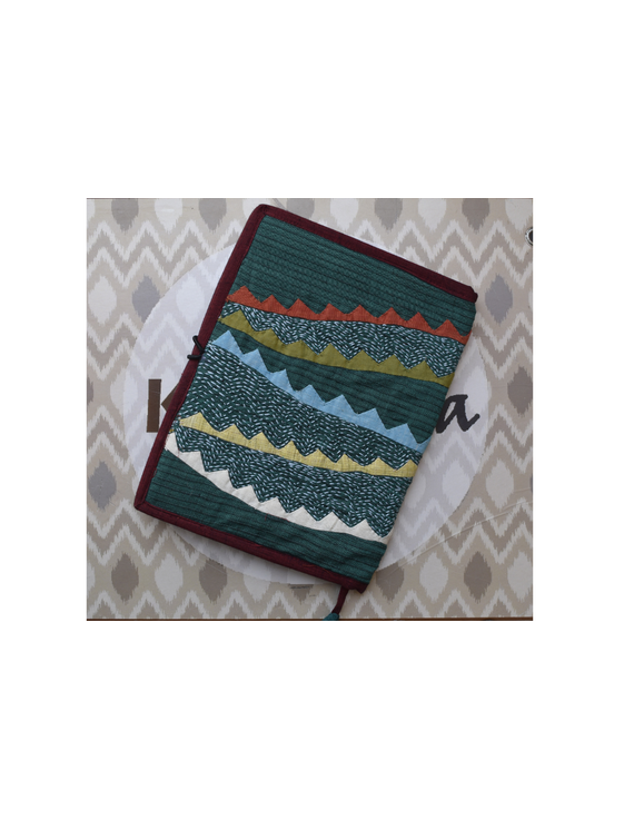 Hand embroidered diary sleeve with journal - STJ07-1