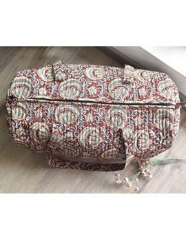 Red kalamkari duffle bag : VBL03-1-sm