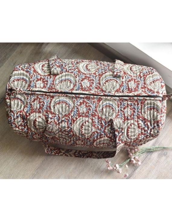 Red kalamkari duffle bag : VBL03-1