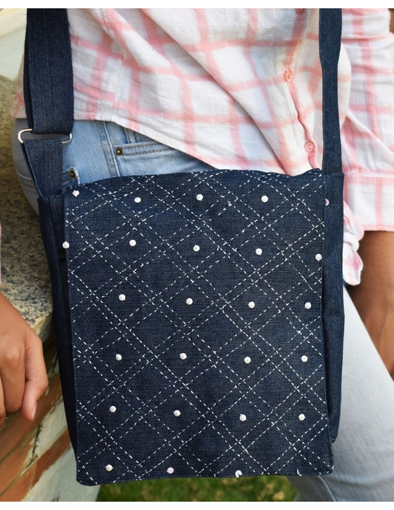 Denim sling bag with embroidery : SBE01-SBE01