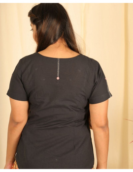 Short sleeves cotton short top with round neck-LB150-M-Black-2-sm