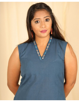 Sleeveless cotton short top with embroidered V neck-LB160-LB160Dl-S-sm