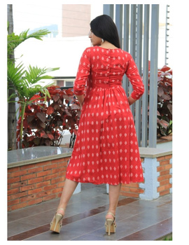 Ikat dress with embroidered yoke and front pockets: LD530-Red-M-3-sm