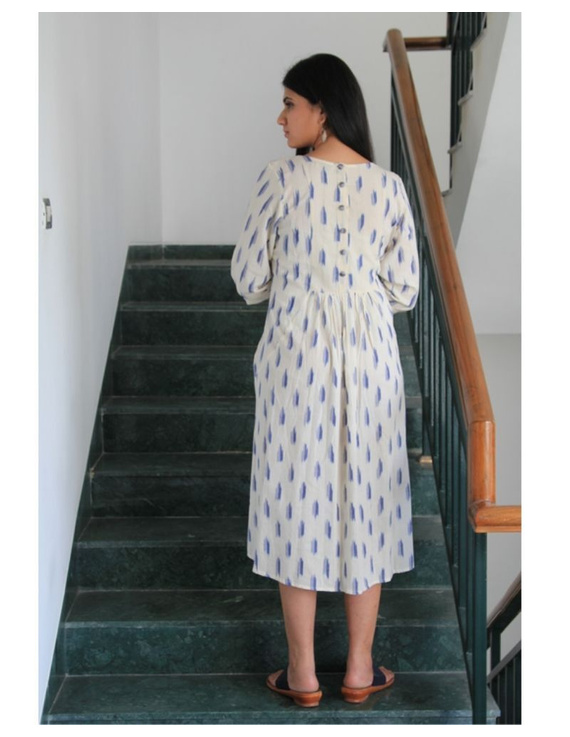 Ikat dress with embroidered yoke and front pockets: LD530-White-M-3