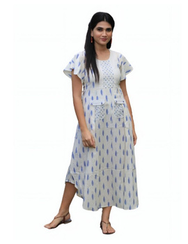 Ikat dress with embroidered yoke and front pockets: LD530-White-M-5-sm
