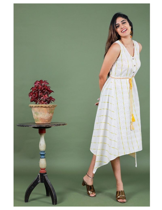 Sleeveless ikat dress with embroidered belt : LD640-White-M-6