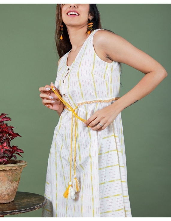 Sleeveless ikat dress with embroidered belt : LD640-S-White-4