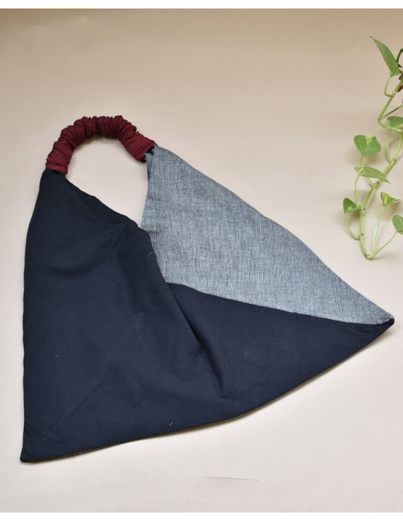Black and grey cross strap bag : TBR01-1