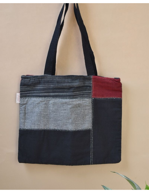 Black and grey tonal patchwork tote bag : TBR02-TBR02