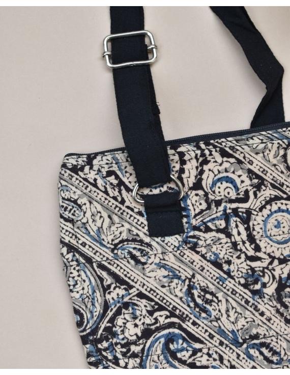 Black Sling bag : CPC02-5