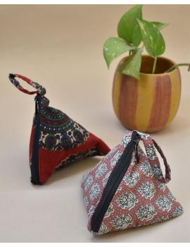 Small coin purse in block print fabric : MSC01-MSC01-sm