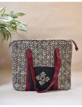 Black and grey kalamkari quilted laptop bag : LBK03-LBK03-sm
