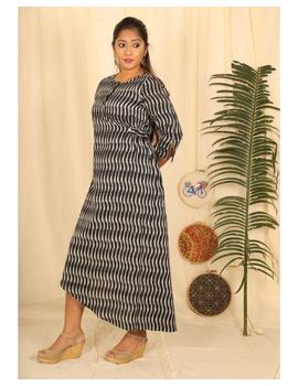 Ikkat fabric with an assymetric hem : LD450-Black-L-1-sm