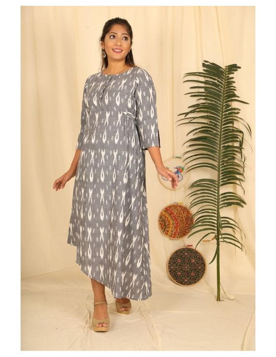 Ikkat fabric with an assymetric hem : LD450-S-Grey-1