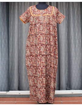 Red Handcrafted Nighties In Soft Kalamkari Cotton : NW110A-NW110A-SorM-sm