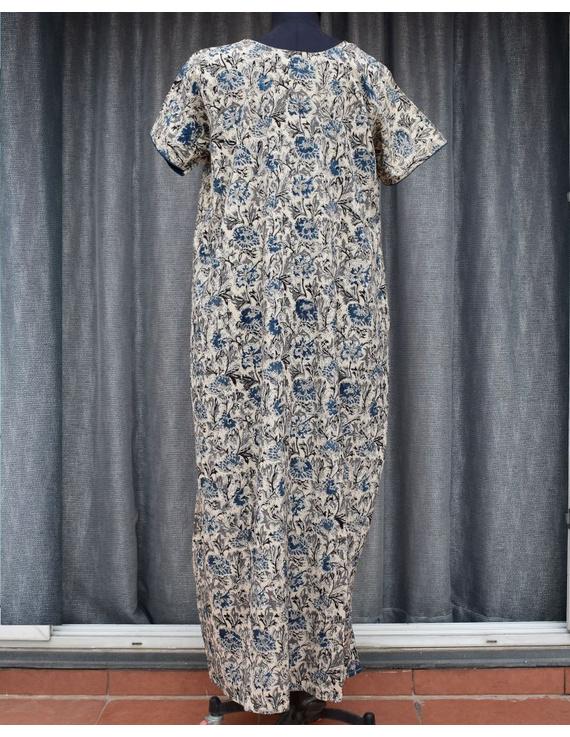 Blue & White Handcrafted Nighties In Soft Kalamkari Cotton : NW110C-S/M-1