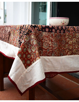 Six - eight seater patchwork table cloth with white and red border: TBCR01A-2-sm