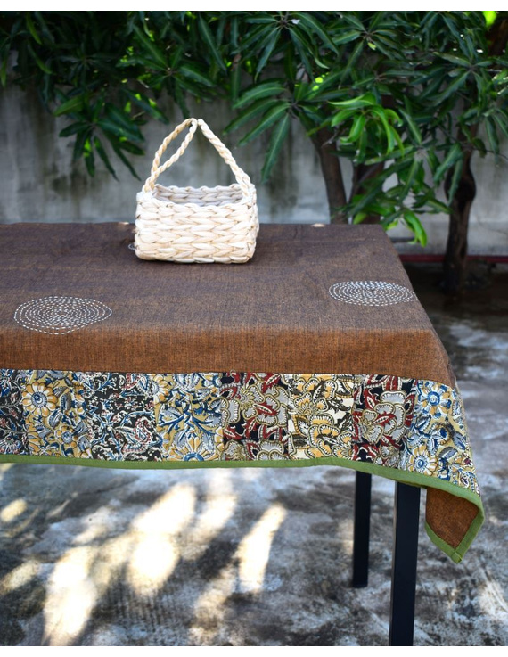 Six - eight seater patchwork table cloth with brown and green border: TBCR01B-1