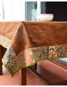 Six - eight seater patchwork table cloth with brown and green border: TBCR01B-4-sm