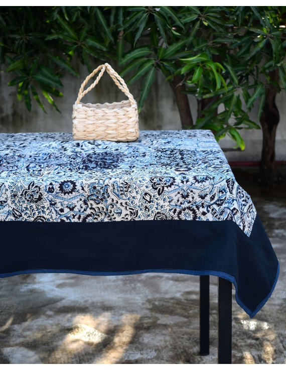 Six - eight seater patchwork table cloth with black and blue border: TBCR01C-TBCR01C