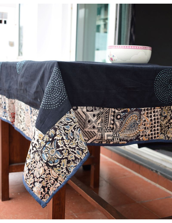 Six - eight seater patchwork table cloth with black and blue border: TBCR01C-5