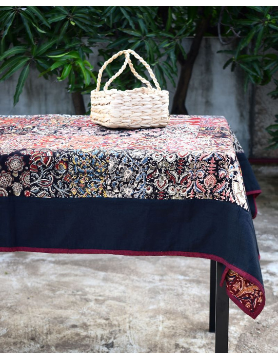 Six - eight seater patchwork table cloth with black and  red border: TBCR01D-TBCR01D