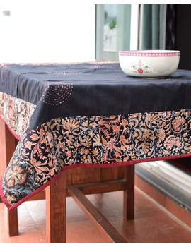 Square reversible patchwork table cloth in black and maroon : TBCS01A-TBCS01A-sm