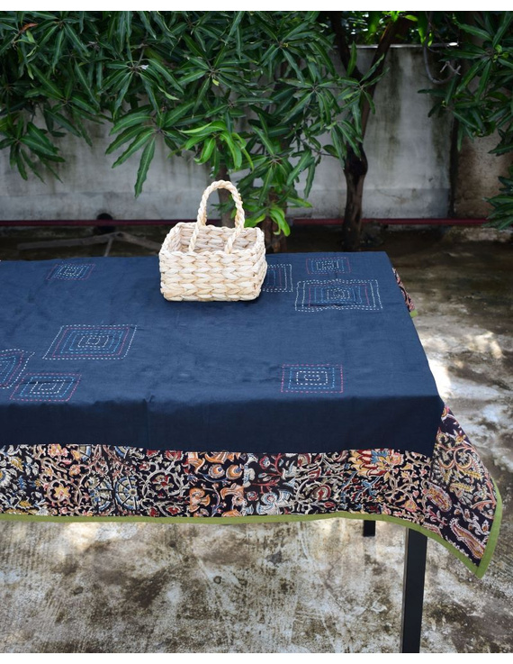 Square reversible patchwork table cloth black and green: TBCS01C-1