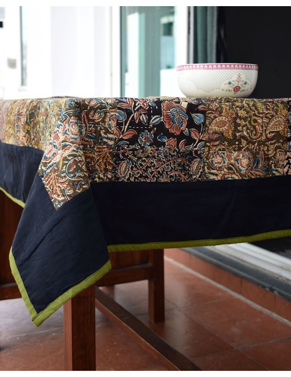 Square reversible patchwork table cloth black and green: TBCS01C-2