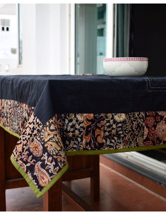 Square reversible patchwork table cloth black and green: TBCS01C-5