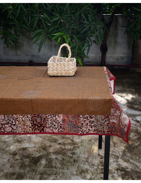 Square reversible patchwork table cloth in ochre and white: TBCS01D-1
