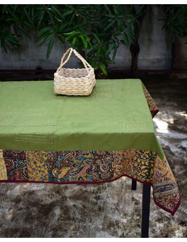 Square reversible patchwork table cloth in green and red: TBCS01E-1-sm