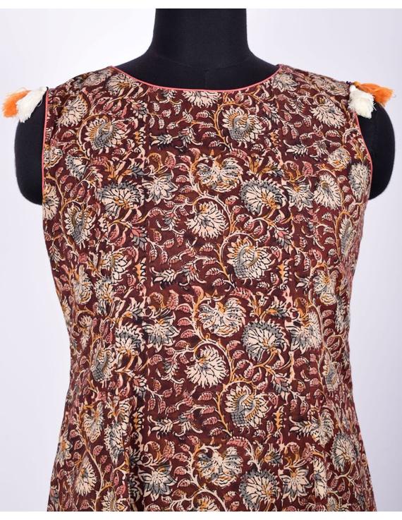 BROWN FLORAL KALAMKARI LONG DRESS WITH A BOAT NECK: LD480D-S-2