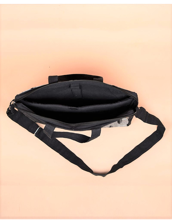 Ikat Laptop Bag with Cross body strap : Black : LBM03-4