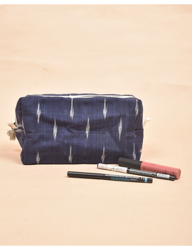 Blue Ikat Travel Pouch : VKP06-2-sm