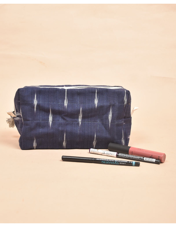 Blue Ikat Travel Pouch : VKP06-2