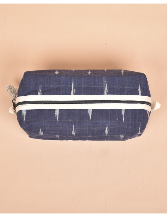 Blue Ikat Travel Pouch : VKP06-4