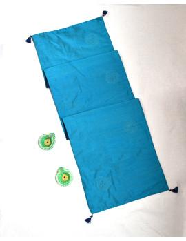 Indigo 'n' Blue Silk reversible festive table runner : HTR13-2-sm