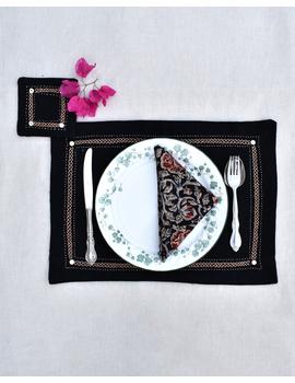Black cotton embroidered table mat set with coasters and kalamkari napkins : HTM09-HTM0904-sm