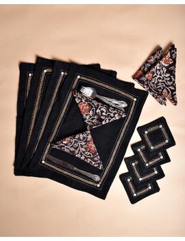 Black cotton embroidered table mat set with coasters and kalamkari napkins : HTM09-Six-1-sm