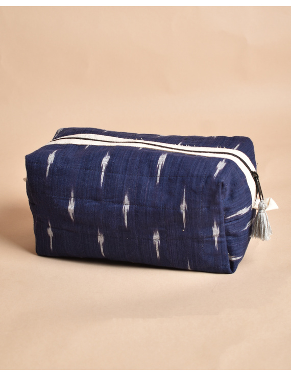 Blue Ikat Travel Pouch : VKP06-1