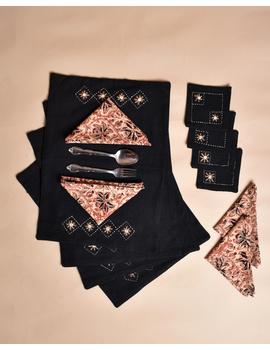 Black cotton embroidered table mat set with coasters and kalamkari napkins: HTM10D-Six-1-sm