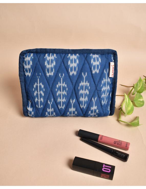Blue And White Ikat Jewellery Case with 4 Zip Pockets : VKJ04-VKJ04