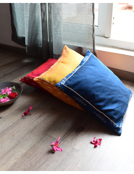 Indigo silk cushion cover with Ikat border : HCC44-1-sm